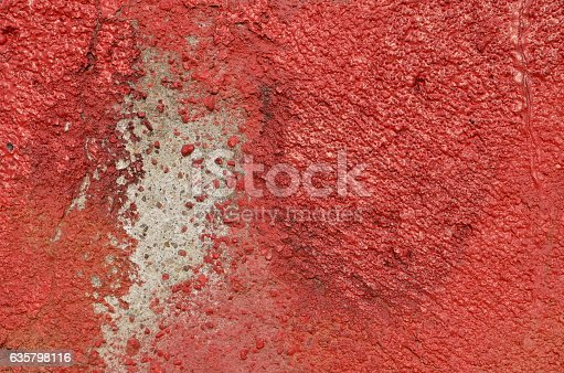 istock Weathered red paint 635798116