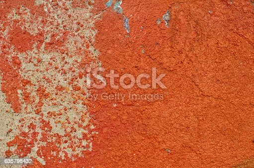 istock Weathered red paint 635798432