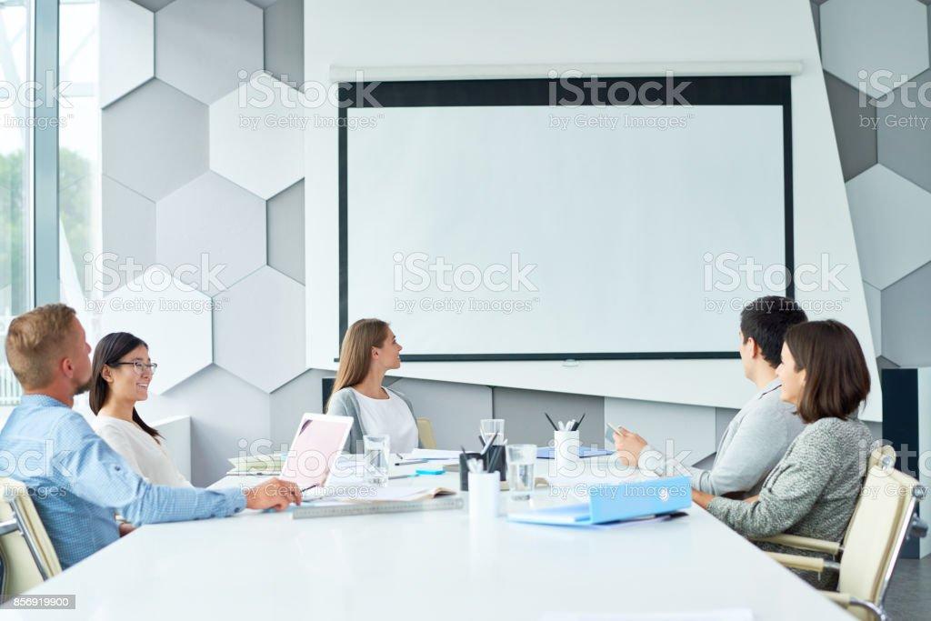 Web-Konferenzen mit Geschäftspartner – Foto