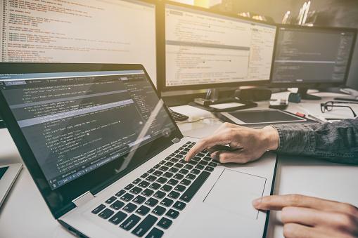 Websitedesign Entwicklung Von Programmiersprachen Und Codierung Stockfoto und mehr Bilder von Analysieren