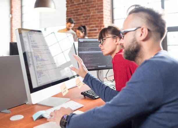 website-design. entwicklung von programmiersprachen und codierung. - html stock-fotos und bilder