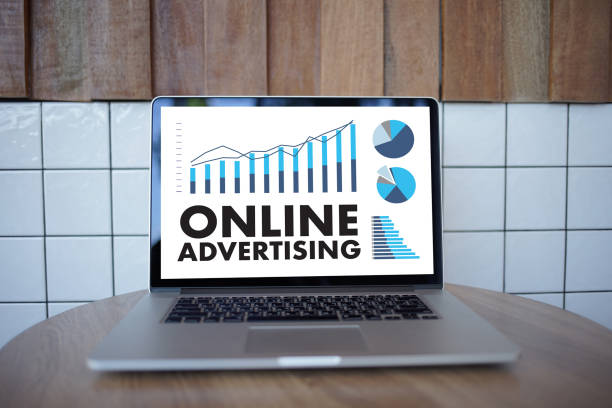 on line advertisinhg How to create an advertising strategy for products, services, companies and brands, with slideshow and examples.
