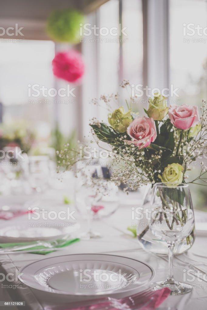 Hochzeit Geburtstag Empfang Dekoration Stuhlen Tischen Und Blumen