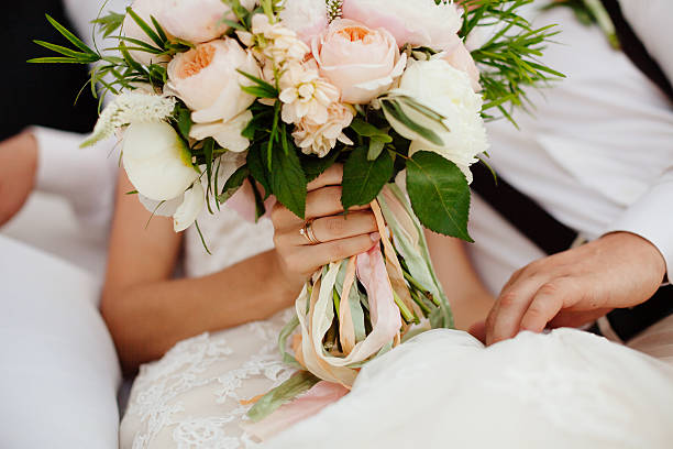 wedding bouquet orchids and peonies – Foto