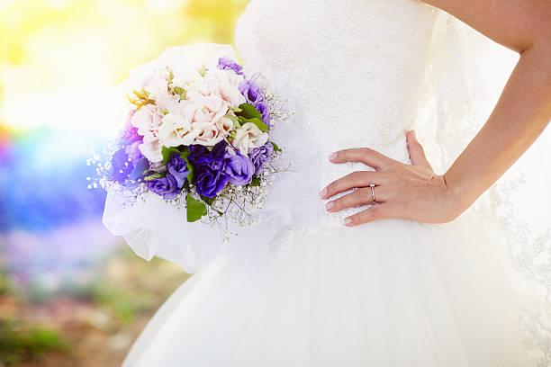 hochzeit bouquet-xl - hochzeitskleid xl stock-fotos und bilder