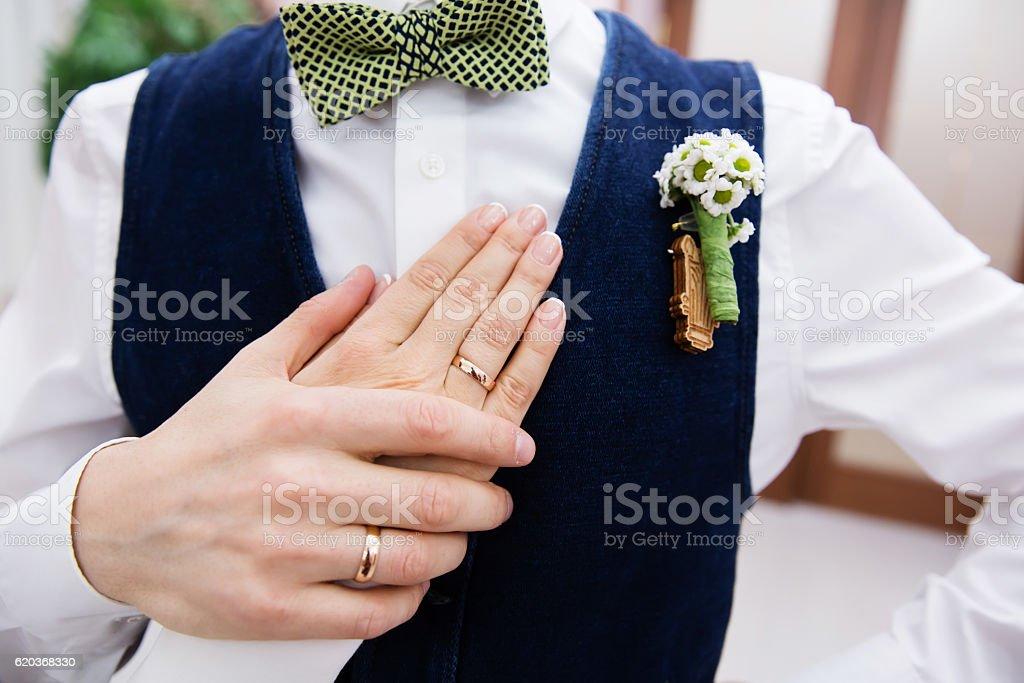 Wedding boutonniere and the hand of bride zbiór zdjęć royalty-free