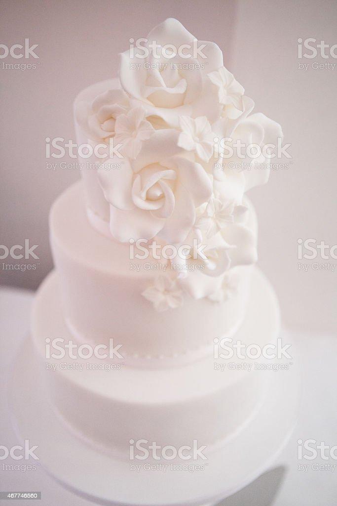 Moderne Hochzeitstorten Bilder Und Stockfotos Istock