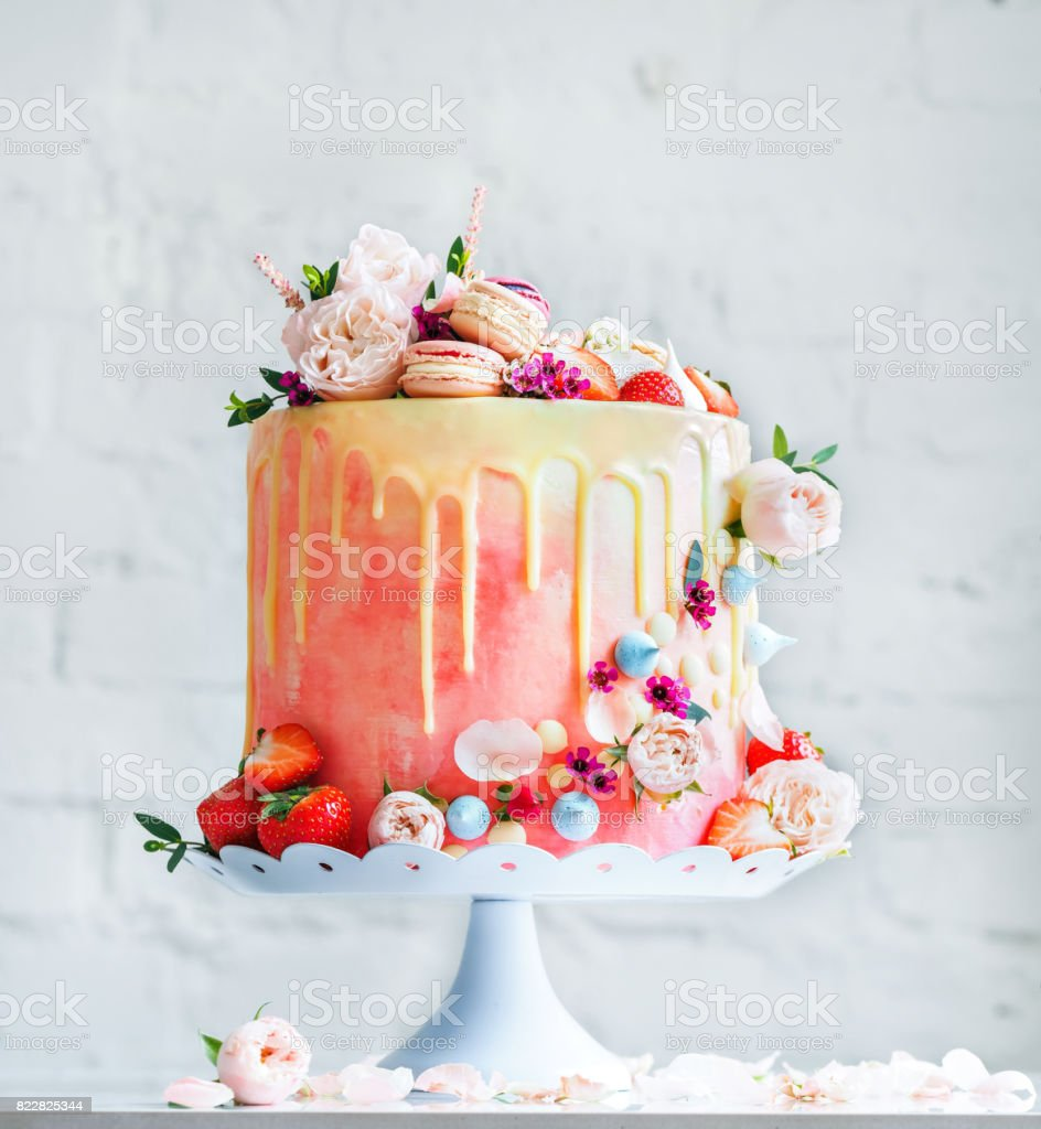 Super Wedding Cake With Flowers Macarons And Blueberries Stock Photo Personalised Birthday Cards Paralily Jamesorg