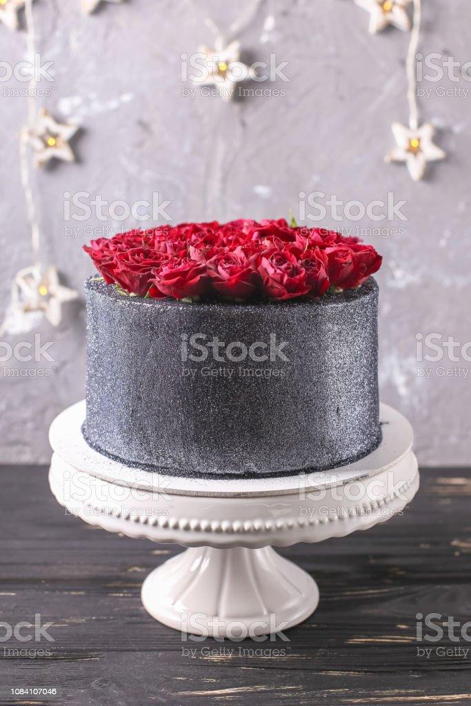 Photo Libre De Droit De Gâteau De Mariage Avec Des Fleurs