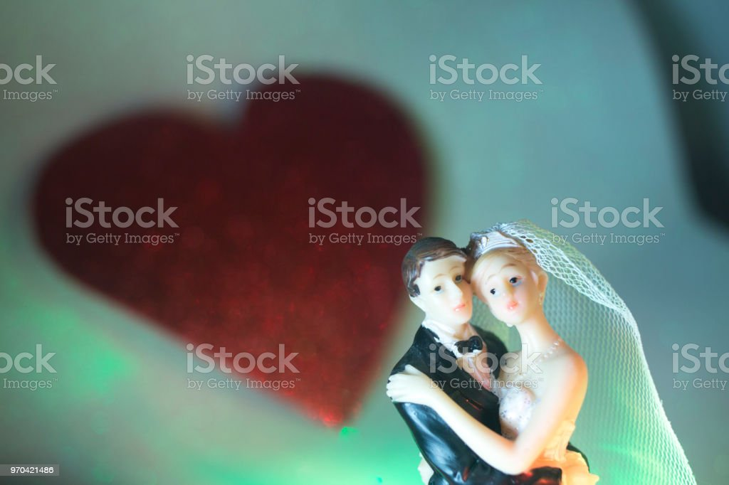 Wedding Couple Marriage Cake Topper Plastic Figures With