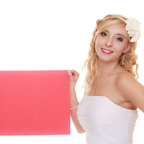 hochzeit.   frau braut holding sign rote leere - frisch verheirateten beratung stock-fotos und bilder