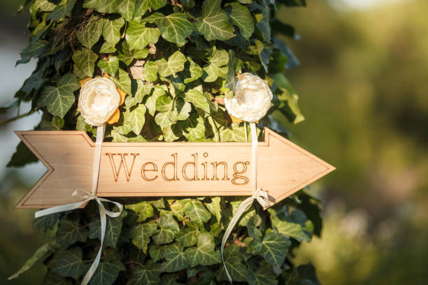 Wedding decor. Wooden plaque with the inscription - foto stock