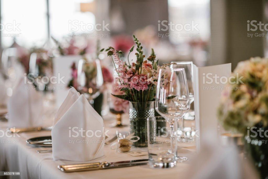 Tabla de cena de la boda - foto de stock