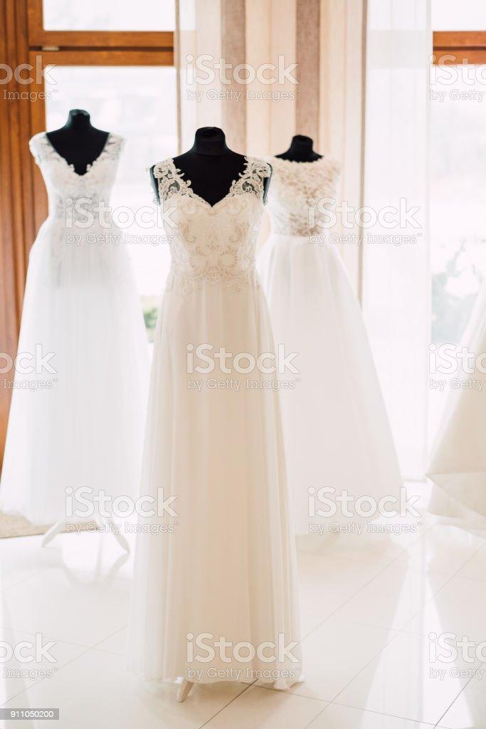 Wedding dresses salon – zdjęcie