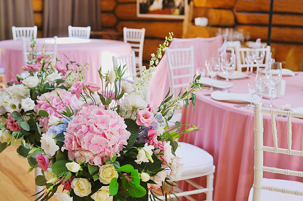 Wedding floral decorations picture id587185498?b=1&k=6&m=587185498&s=612x612&w=0&h=j1 smgamqsvn1 zu2zdzirqm9nfc0co8vza2ab zsw0=