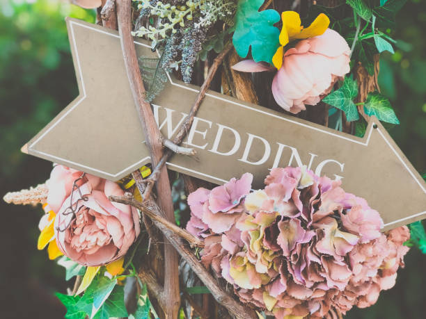 Wedding flower decor in the summer garden Wedding party flower decor in the summer garden wedding stock pictures, royalty-free photos & images