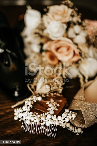 Wedding Hairpin and Bride Bouquet Concept