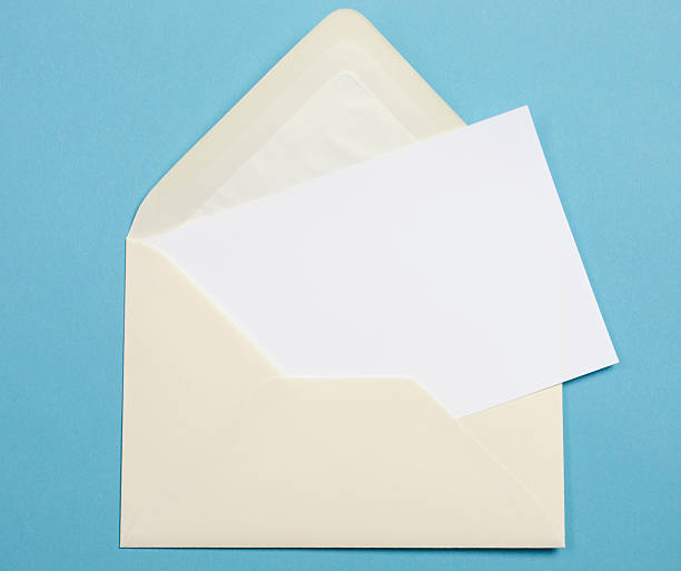 - конверт - приглашение стоковые фото и изображения