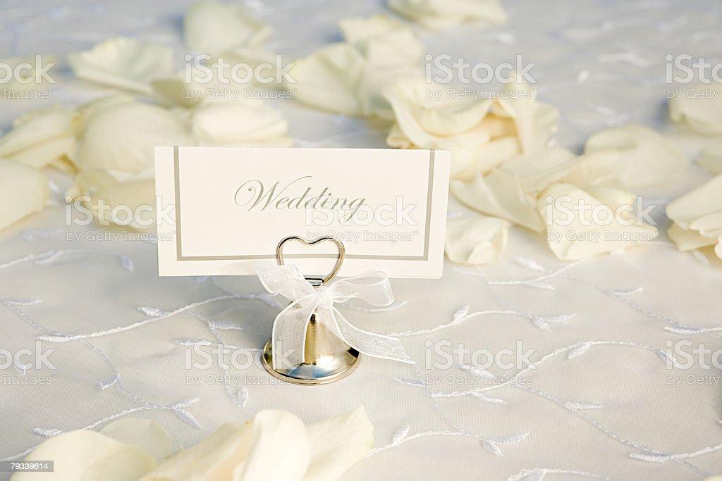 Nome de casamento e Pétalas de Etiqueta foto de stock royalty-free