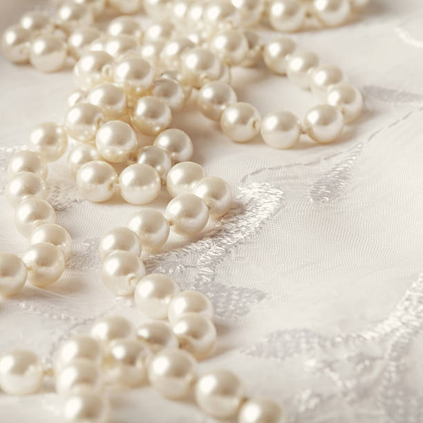 decorations with ray cake by ginger decor table ideas confetti choice wedding image fun pearls decoration ivory