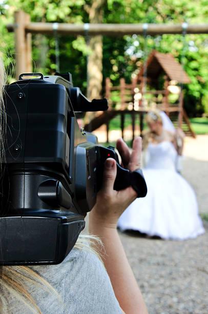 hochzeit-aufzeichnung - wedding photography and videography stock-fotos und bilder