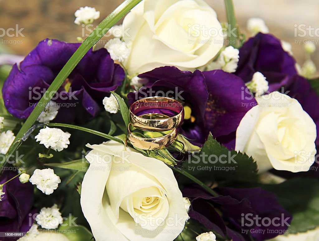 wedding rings and roses arrangements royalty-free stock photo