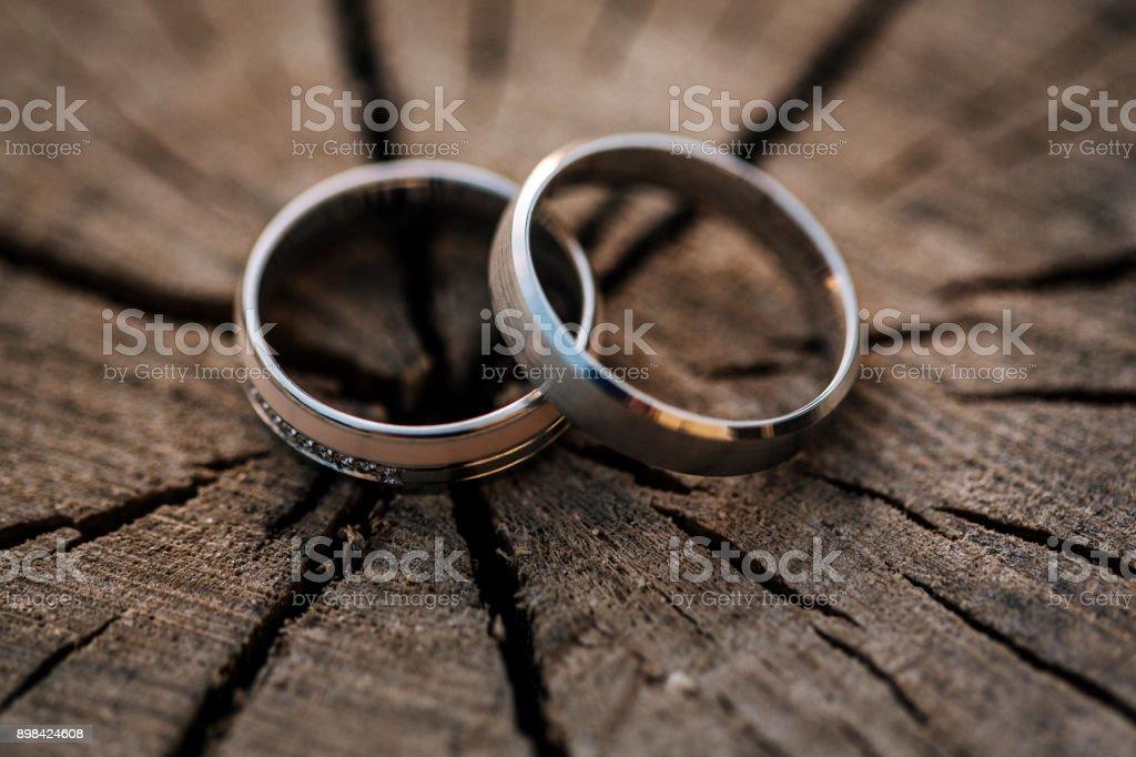 Anillos de boda - foto de stock