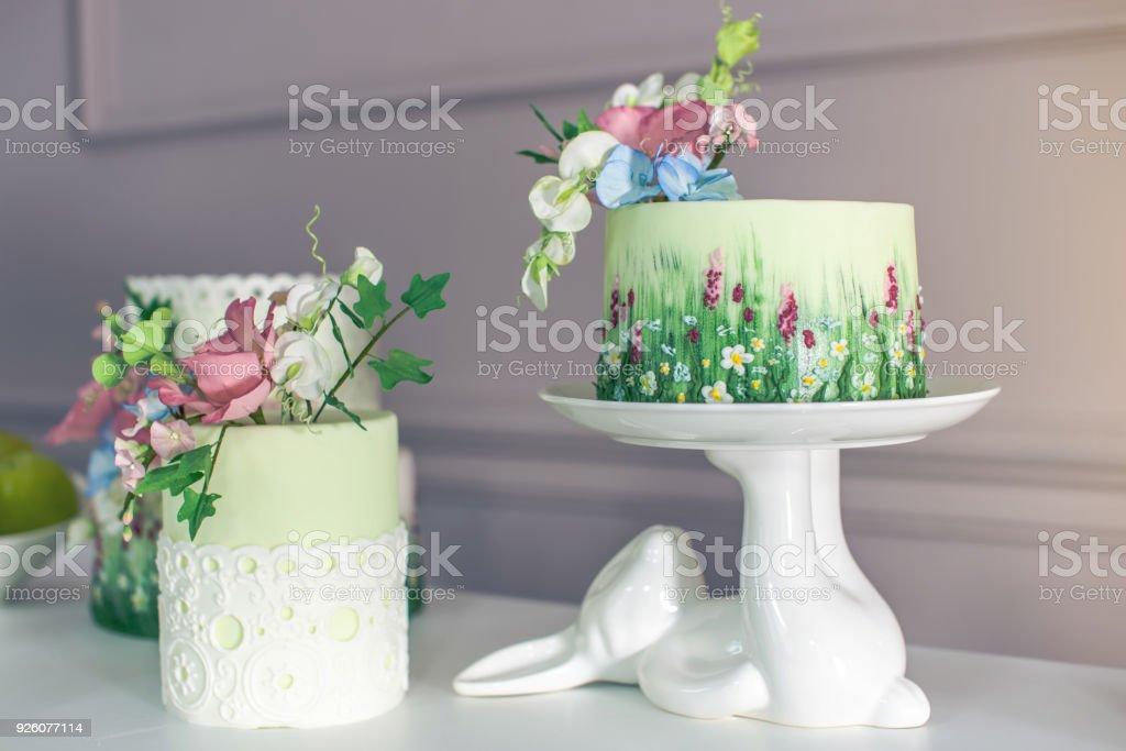 Hortensien Hochzeitstorten Bilder Und Stockfotos Istock