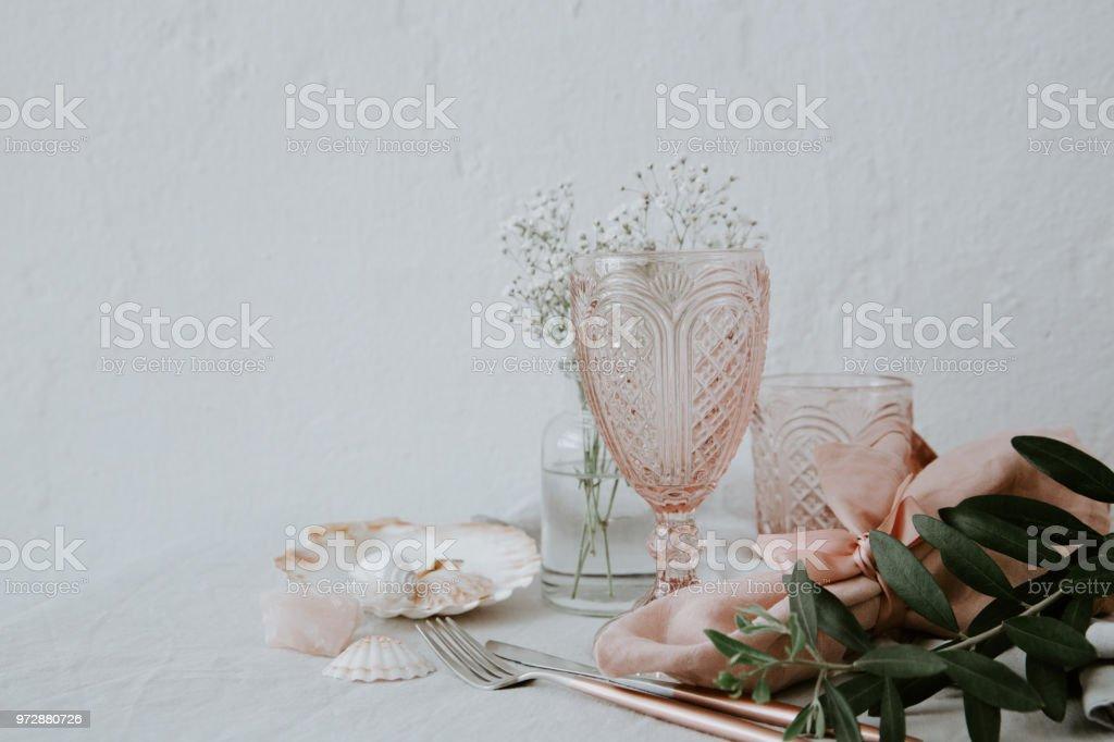 Hochzeitstisch Dekoration Auf Leinen Tischdecke Bohodekoration Stockfoto Und Mehr Bilder Von Blau Istock