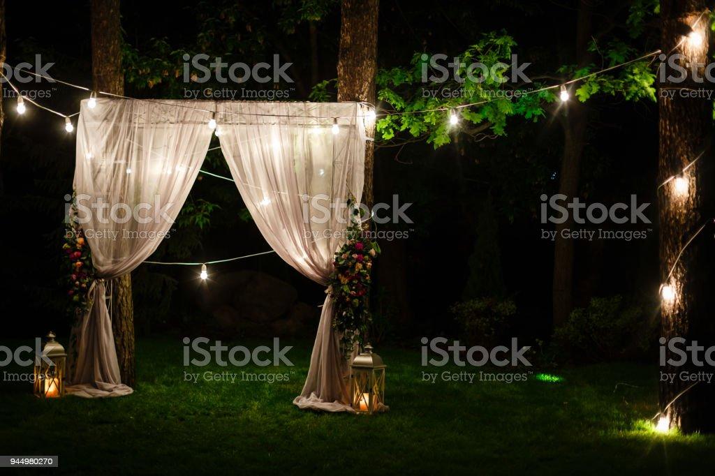 Dammerung Zeremonie Dekoration An Einem Baum Hangenden Goldenen