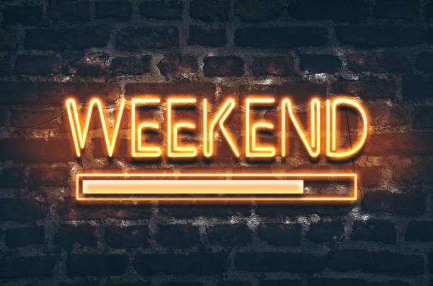 週末のロード - 週末の予定 ストックフォトと画像