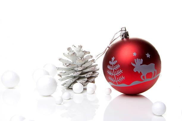 weihnachten, weihnachtskugel rot - weihnachten stok fotoğraflar ve resimler