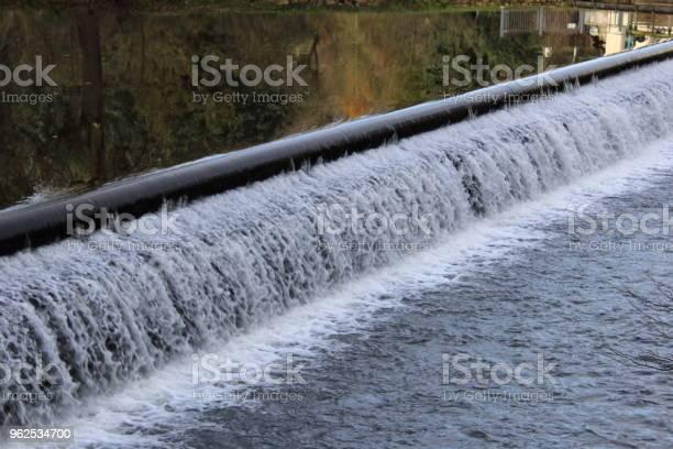 Foto de Açude Em Um Rio e mais fotos de stock de Alemanha