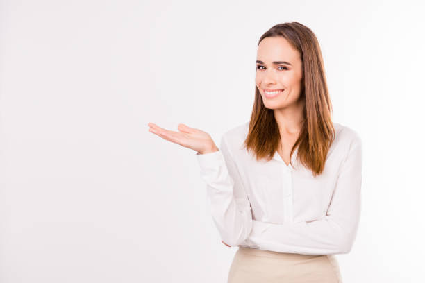 how to become smart and confident woman