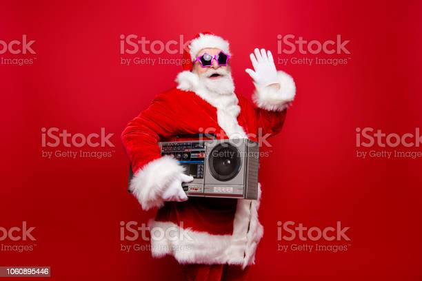 Welcome profile side view positive grandfather aged mature santa picture id1060895446?b=1&k=6&m=1060895446&s=612x612&h=vbwgx0tjqfbnzsq0fuoiayvs psm jfc0tr5jis244k=
