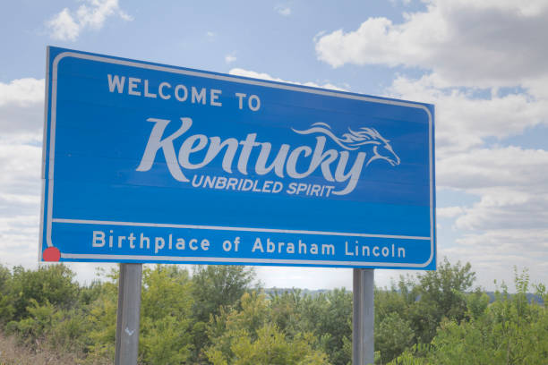welcome to kentucky road sign - place sign stock pictures, royalty-free photos & images