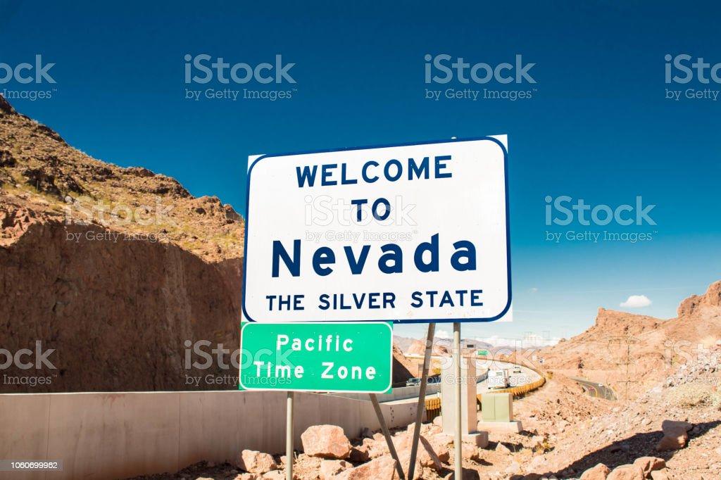 Herzlich Willkommen Sie in Nevada (silver State) Zeichen von der Mike O' Callaghan