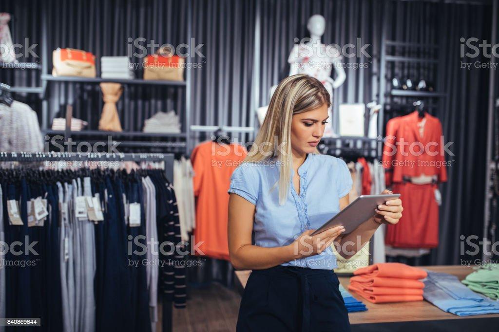 Willkommen Sie im Einkaufsparadies – Foto