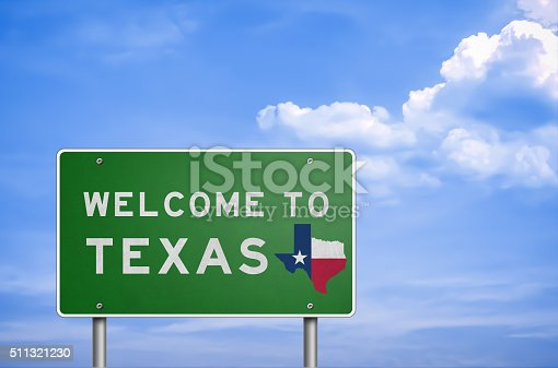 istock Welcome to US State of Texas - road sign 511321230