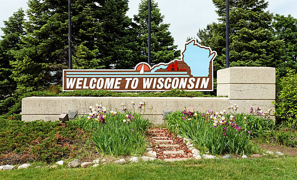 welcome to wisconsin - green bay wisconsin stock photos and pictures