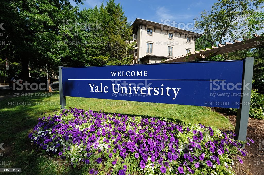Welcome to Yale University sign stock photo