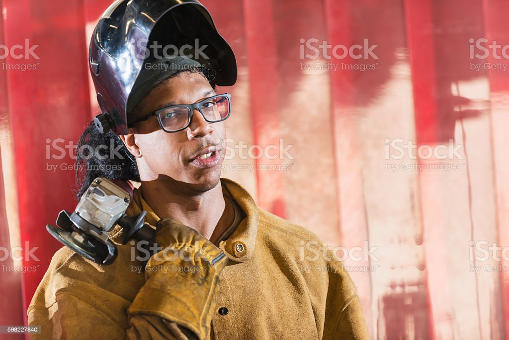 Welder working in a factory foto royalty-free