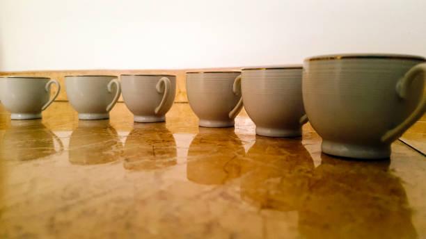 gut für kaffee muster - mokkatassen stock-fotos und bilder