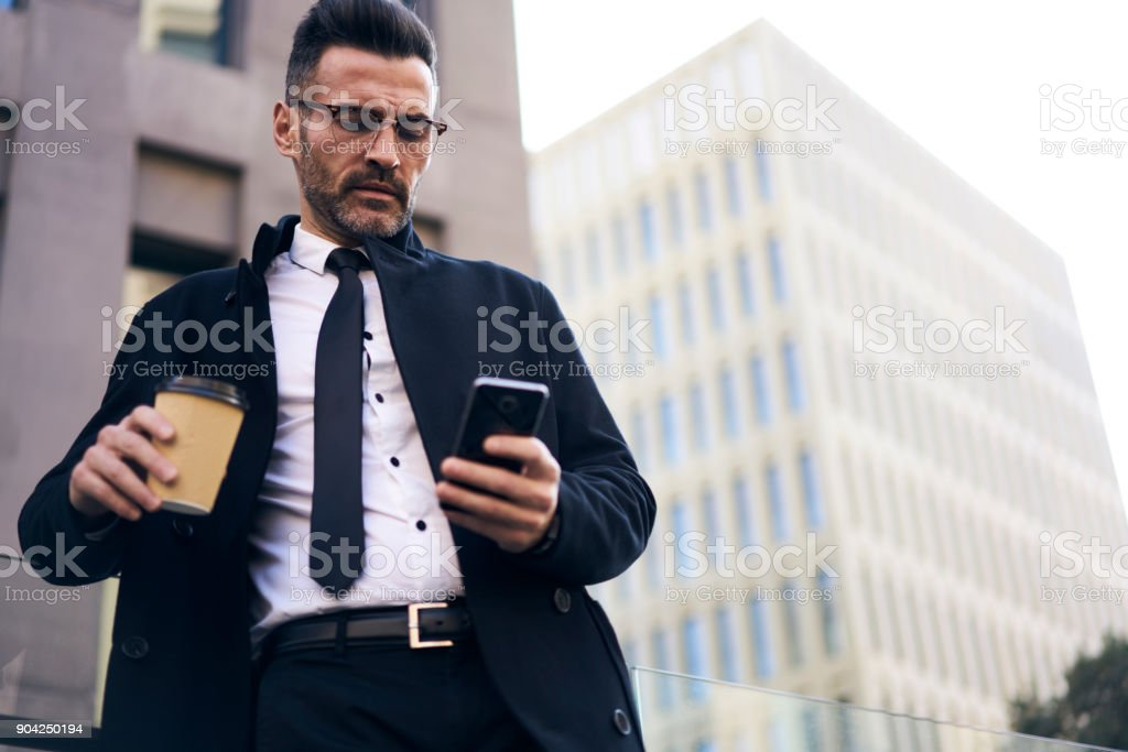 Encuentros hombres ejecutivos chicos [PUNIQRANDLINE-(au-dating-names.txt) 24