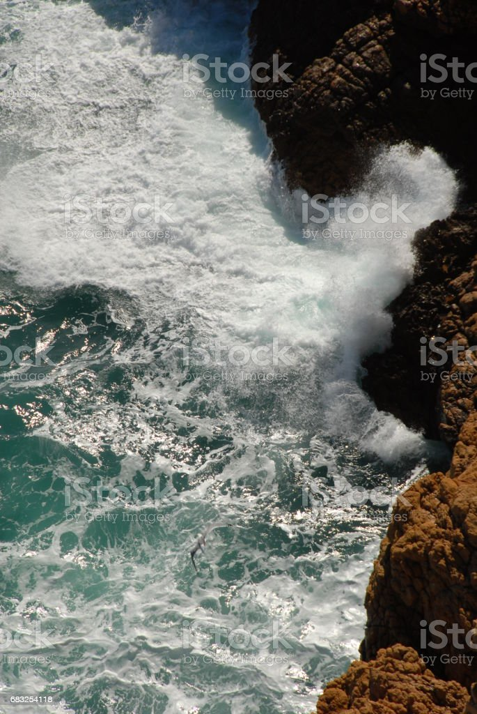 Wellen / Brandung am Mittelmeer - Spanien foto de stock royalty-free