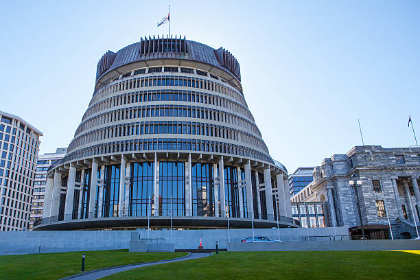 Wellington Parliament The Beehive in Wellington, New Zealand wellington new zealand stock pictures, royalty-free photos & images
