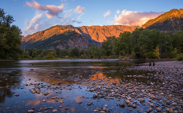 Wenatchee River in Leavenworth - foto stock