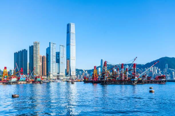 west kowloon hongkong - kowloon stock-fotos und bilder