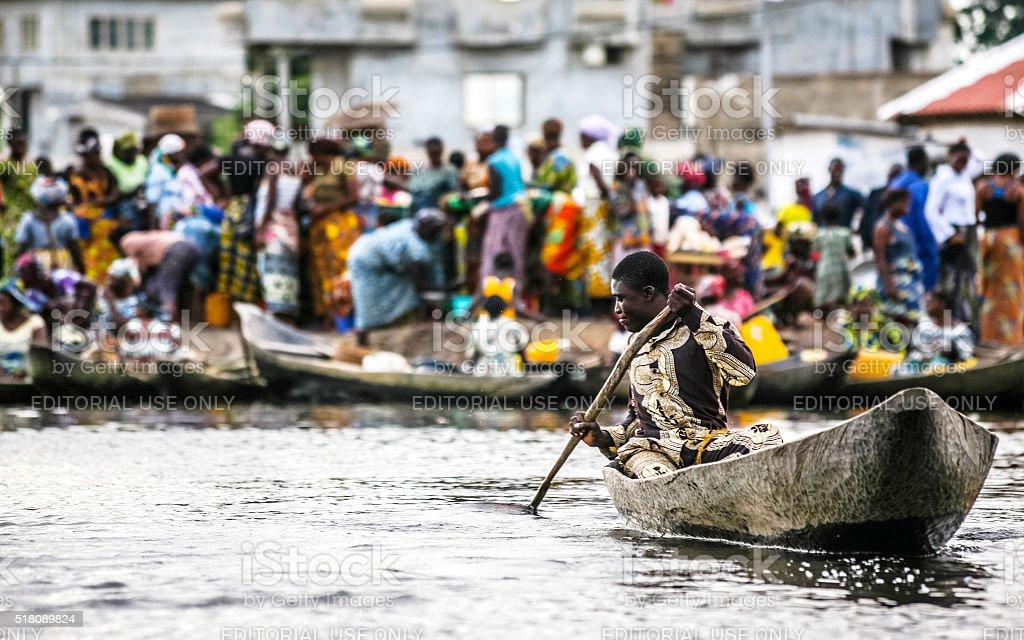 West-mercado africano cena. Benim. - foto de acervo