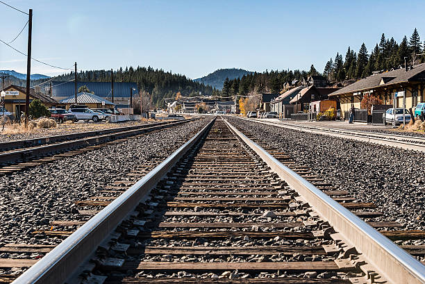 westbound tracks - dally stock pictures, royalty-free photos & images
